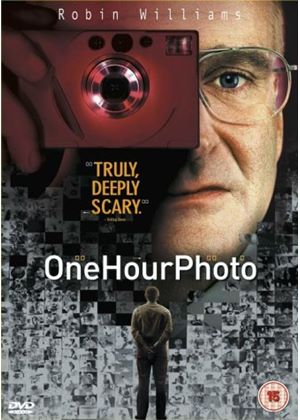 One Hour Photo (Wide Screen)