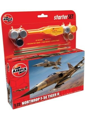 Airfix A50094 Northrop F-5E Tiger II 1:72 Scale Military Aircraft Category 2 Gift Set including paint glue & brushes