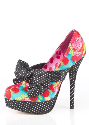 Indecent Obsession Iron Fist Platform Shoe (7 (40EU))