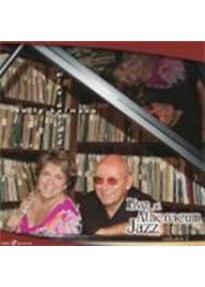 Holly Hoffman & Mike Wofford - Live At Athenaeum Jazz Vol.2