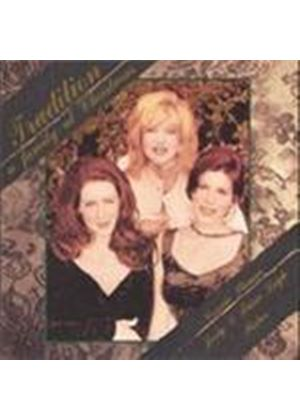 Connie Stevens & Joely Fisher/Trisha Leigh Fisher - Tradition - A Family At Christmas (Music CD)