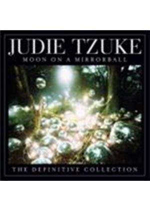 Judie Tzuke - Moon On A Mirrorball (The Definitive Collection) (Music CD)